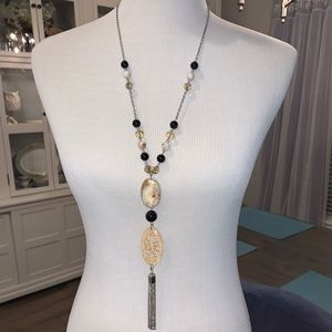 Erica Lyons Lariat necklace w/ beads, Stone accent